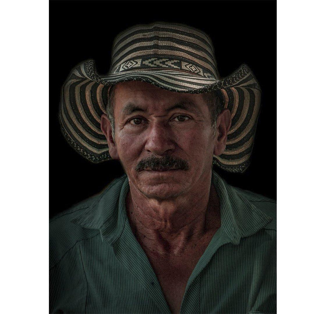 Arraigos: El personaje rural por Daniela Gómez